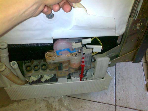 Чистка и уход за посудомоечной машиной Siemens