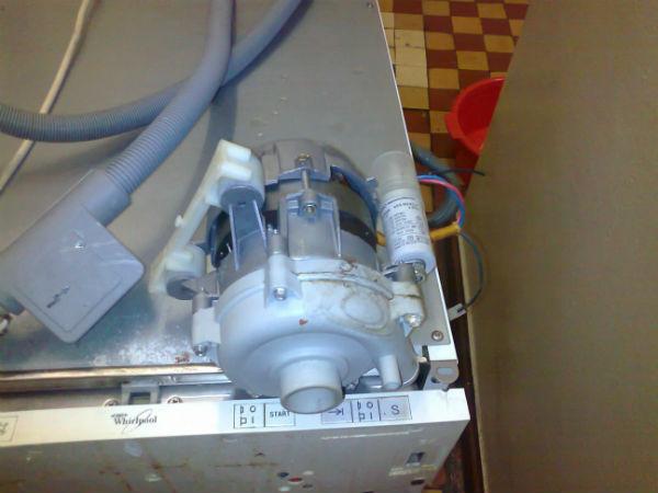 Насос посудомоечной машины whirlpool