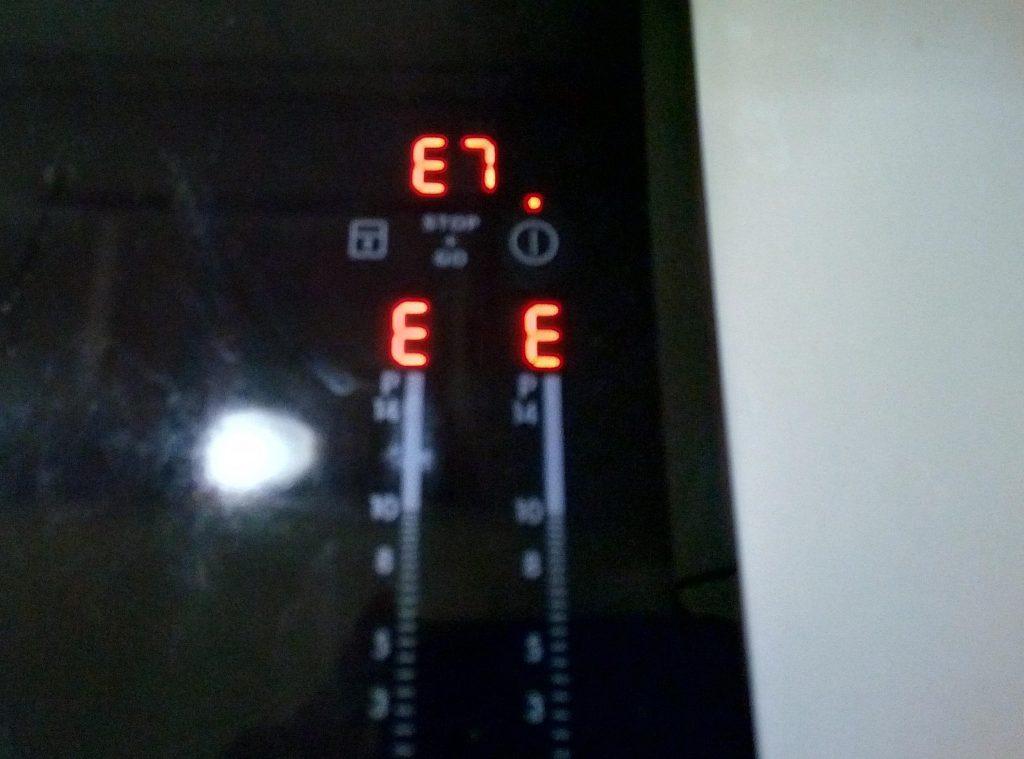 Ошибка E 7 индукционная варочная Электролюкс